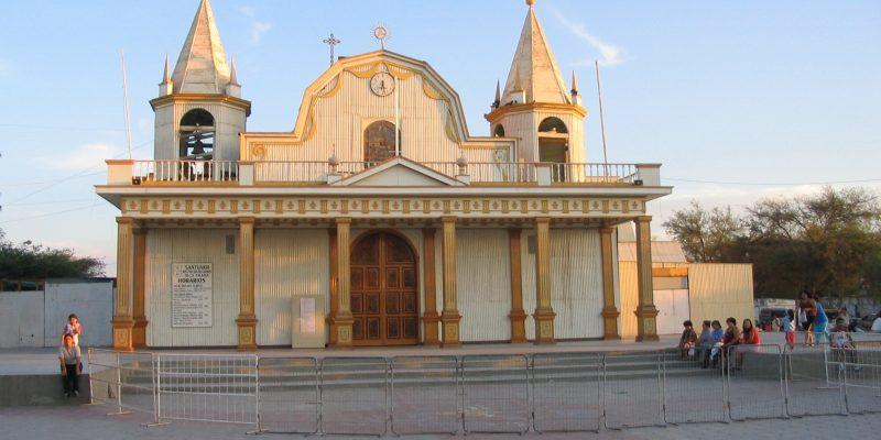 Iglesia_de_la_Tirana